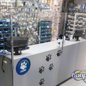 Proteção de acrílico para balcão de loja (feita sob medida)