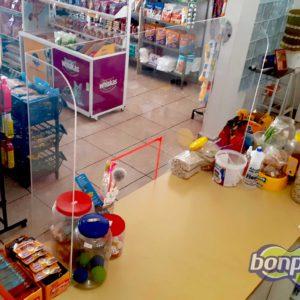 Proteção de acrílico para caixa de loja (feita sob medida)
