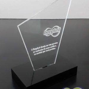 Troféu em acrílico cristal com gravação à laser